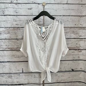 Moonlight white top with crochet back